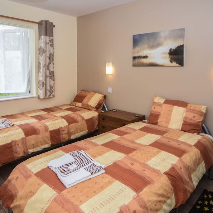 Twin bedroom in the Lodge